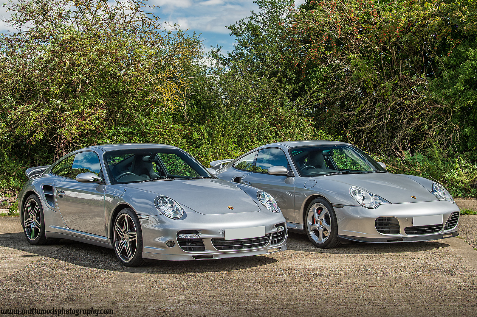 twin porsches supercar photography